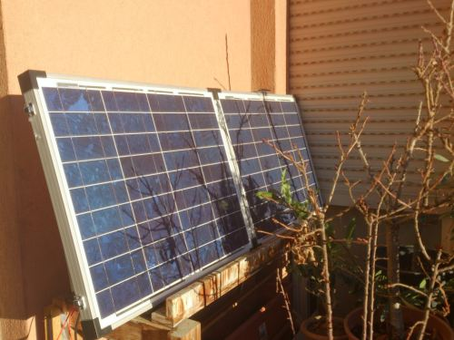 pannelli solari sul balcone