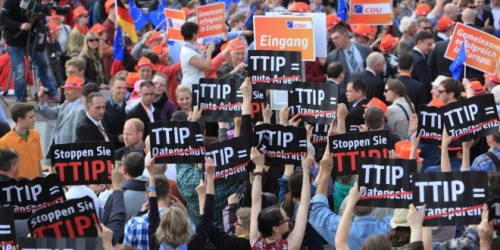 TTIP-protest-in-Hamburg-photo-campact-1024x682-660x330